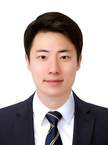 (사진)김희건 증명사진.jpg